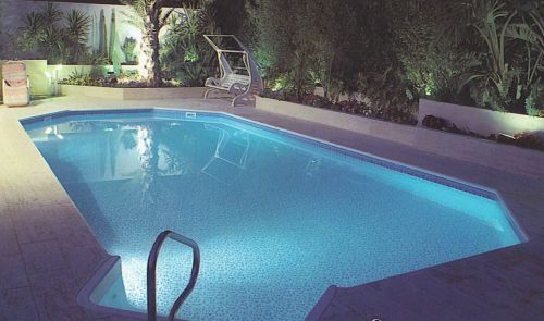 Inground pool kits do it yourself swimming pool for Inground swimming pool kits